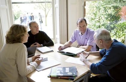 Lezione di gruppo con il docente e 3 studenti