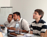Partecipanti durante un workshop